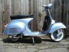 Vespa VBB 150 Blue Metalic