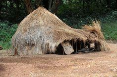 Africa |  Kachipo family house. South Sudan | © Geert Henau