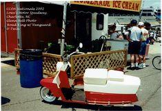 Cushman Step-Thru w/Vanguard V-twin power Motos Vintage, Motor Scooters, Motor Speedway, Road King, Mini Bike, Baby Strollers, Twins, Motorcycle, Cars