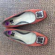 Liz Claiborne size 8.5 rust orange suede flats 4 Liz Claiborne size 8.5 rust orange suede   With chocolate brown and gold tone accent. 1/2 inch heal. Gently worn Liz Claiborne Shoes Flats & Loafers