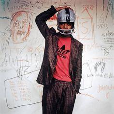El artista urbano Jean-Michel Basquiat, en 1981.