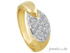 Eleganter Diamantschmuck. Ein Diamantring mit glänzenden Diamanten und Gold. Der Diamantring ist in glänzend poliertem Gelbgold gearbeitet und mit 20 lupenreinen, getönt weißen Diamanten ausgefasst. Machen Sie Ihrer Partnerin zu Ostern eine Freude und überraschen Sie sie mit schickem Diamantschmuck. Weitere brillante Geschenkideen finden Sie in unserem Online Schmuck Shop www.jewels24.de - edler Diamantschmuck direkt vom Hersteller aus Idar-Oberstein. #diamantschmuck #oster #ostergeschenk Lupe, Druzy Ring, Rings, Gold, Jewelry, Jewelry Shop, White Diamonds, Princess Cut, Pearl Jewelry
