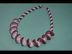 Masterclass - clear enough w/o sound ~ Seed Bead Tutorials