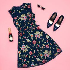 Get weekend ready with the Botanical Beauty Dress and Darcy Pump in Navy! Shop dresses via the link in bio xx #Floralembroidery #Weekendready #Reviewaustralia