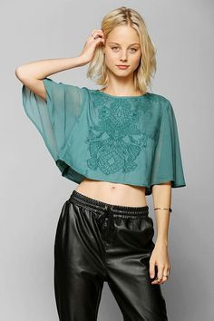 Kimchi Blue Giselle Capelet Top #urbanoutfitters
