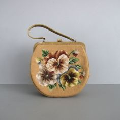 1950s vintage FLORAL NEEDLEPOINT purse ou Carteira.