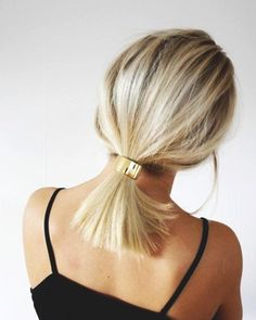 64 Adorable Short Hair Updos That Are Supremely Easy To Copy - Hair Styles Lazy Hairstyles, Braided Hairstyles, Wedding Hairstyles, Bad Hair, Hair Day, Medium Hair Styles, Curly Hair Styles, Androgynous Haircut, Short Wedding Hair