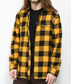 With almost a century of experience between them, Vans and Independent have teamed up to offer the best in skate styling and functionality. This collaborative yellow and black full zip flannel shirt has a classic silhouette with modern detailing for a fr Smart Casual White Shirt, Smart Casual Menswear, Casual Shirts For Men, Black Flannel Shirt, Yellow Flannel, Mens Fashion Week, Blazer Fashion, Mens Clothing Styles, Yellow Black