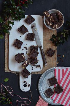 Ananás e Hortelã: Quadrados de Chocolate com Frutos