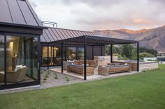 New Zealand Architecture - Outdoor Living: Warren & Mahoney // Locarno Louvres - House Plans, Home Plan Designs, Floor Plans and Blueprints Pergola Alu, New Zealand Architecture, Cedar Homes, Exterior Cladding, Roofing Systems, Modern Barn, Exterior House Colors, Outdoor Rooms, Indoor Outdoor Living
