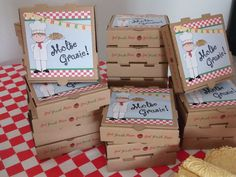 Let your Little Chef guests take home their masterpieces in this 7 pizza box complete with a customized favor label using your choice of chef graphics! Pizza boxes will be shipped unassembled to save on shipping cost. Favor labels should be adhered after putting the boxes together so they do not get damaged. Pizza box favors are $2.50 each. Please make sure to choose the quantity you need and the chef graphic youd like from the drop down boxes. Items will be shipped via USPS Priority mail…