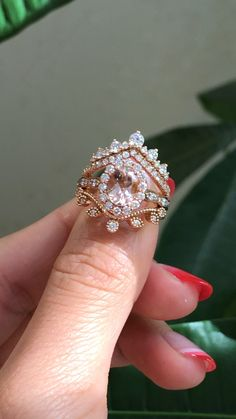 Engagement rings Ideas - Oval Morganite Halo Diamond Bridal Ring Set by LaMore Design Morganite Engagement, Morganite Ring, Bridal Ring Sets, Bridal Rings, Pretty Rings, Beautiful Rings, Gold Ring Designs, Wedding Rings Vintage, Large Wedding Rings