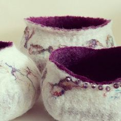 Hand felted bowls made with soft wool and recycled sari silk available in my Etsy shop now. Every one of them is slightly different making them unique and OOAK gifts ❤ (or grab one for yourself! Wet Felting Projects, Needle Felting Tutorials, Diy Arts And Crafts, Felt Crafts, Art Diy, Wool Art, Art Textile, Felt Decorations, Yarn Bowl