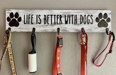 Dog Lover Gifts, Dog Lovers, Diy Dog Gifts, Dog Room Decor, Pet Decor, Puppy Room, Dog Corner, Dog Leash Holder, Wood Dog