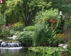 Let passion and largesse overflow for a garden that provides a rich experience along with a beautiful scene