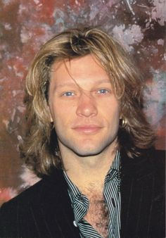 Jon Bon Jovi - looking absolutely perfect. He's not a he's a rockin' Spinal Tap Jon Bon Jovi, Bon Jovi 80s, Wild In The Streets, Dorothea Hurley, Bon Jovi Always, Shaggy Long Hair, Handsome Actors, Record Producer, Rock Bands
