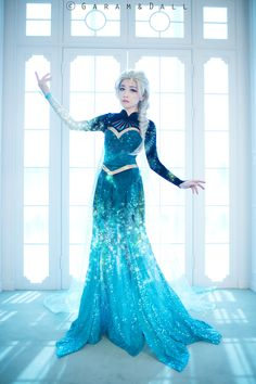 Tomia Frozen cosplay