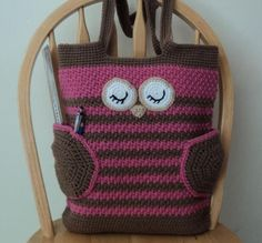Crochet this Sleepy Owl Tote Bag for yourself, or a friend!  Use it as a book bag, a diaper bag or just as a regular every day purse to carry your things in it! The wings of the owl also work like useful pockets!  It is done from the bottom up in one piece, and then the face and wings/pockets of the owl are crocheted separately and sewn on the body of the bag.  Skill level: Easy Get the PDF ♥  Join Craftsy's November Mystery Crochet-Along!