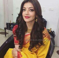 Kajal aggarwal Half Saree Lehenga, Saree Look, Sari, Saree Dress, Saree Blouse, Open Hairstyles, Indian Hairstyles, Bandana Hairstyles, Indian Fashion Dresses