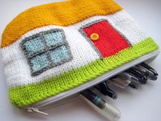 Free knitting pattern for Cottage Case to hold pens, pencils, cosmetics, etc - and more stash buster knitting patterns