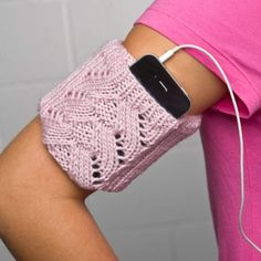 knitted iPhone armband