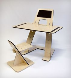 AZ desk by Guillaume Bouvet for Good Morning Design