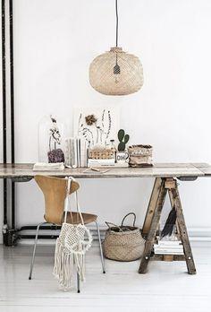 Bauen Sie einen rustikalen Tisch aus Altholz