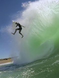 Bodyboard Wipe Out - That looks crazy!