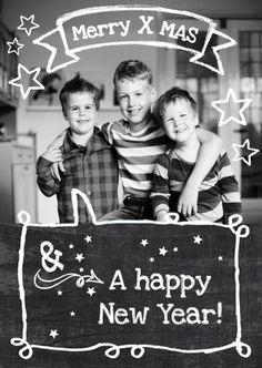 Grappige kerstkaart met foto van de kinderen of het hele gezin. Met krijt tekstwolk en sterren  op schoolbord. Tekst naar eigen wens! Zus&ik ontwerp