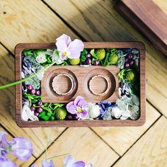 日常にそっと溢れている 気づかない程にちいさな幸せ . そのちいさな幸せを いっぱいに詰め込んだ 手作りのリングピローに 結婚指輪を添えて . 誓い合うその瞬間を待ち望む . . concept「すみれの花束を」 Produced by Hiromi Mori / @cw_hiromi Art directer by Waka Someya Photo by Takaaki Orihara / @ori_kuppo . . #crazywedding#CRAZY#art#artdirection#wedding#weddingdirection#ordermade#クレイジー #クレイジーウェディング #ウェディング #高砂#ゲストテーブル #花嫁 #プレ花嫁#オリジナルウェディング#コンセプトウェディング#結婚式 #結婚式準備#結婚式アイデア#instagood##instalike#photogram#followme#follow#follow4follow#lifeforlike