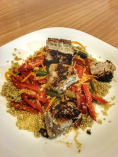 Tuna Steak with Quinoa Salad & Crunchy Vegetables & Gingerly Lemon Dressing