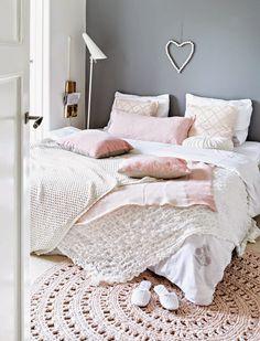 decoração de quarto cinza e rosa