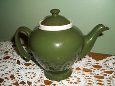 McCORMICK OLIVE GREEN TEAPOT WITH INFUSER, RARE COLOR, MADE BY HALL CHINA #MCCORMICK
