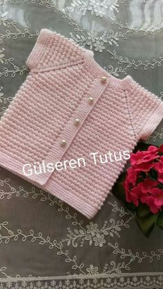 90 göz 16 on 10 kol 26 arka arThis Pin was discovered by 1233966 Likes 95 Commentsdistribution of stitches for b Diy Crafts Knitting, Diy Crafts Crochet, Easy Knitting Patterns, Knitting For Kids, Baby Patterns, Baby Knitting, Knitted Baby Cardigan, Baby Pullover, Knitted Baby Clothes