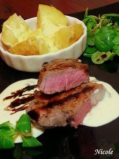 VRABIOARA DE VITEL CU SOS GORGONZOLA SI CARTOF COPT Steak, Pork, Beef, Kale Stir Fry, Meat, Steaks, Pork Chops