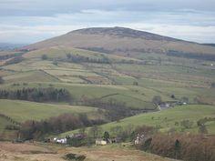 Wzgórze – Wysokość względna od 100 do 300 m.