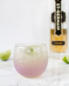 St-Germain Margarita Cocktail Recipe / Oh So Beautiful PaperYou can find Craft cocktails and more on our website.St-Germain Margarita Cocktail Recipe / Oh So Beautiful Paper Craft Cocktails, Summer Cocktails, Cocktail Drinks, Fun Drinks, Popular Cocktails, Cocktail Tequila, French Cocktails, Pool Drinks, Recipes