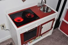 Play Kitchen with Dimmable Burners