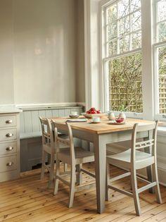 Luxury Bespoke Kitchens & Design from Plain English Cupboardmakers Country Kitchen, New Kitchen, Kitchen Ideas, Plain English Kitchen, English Interior, Bespoke Kitchens, Oak Kitchens, Shaker Style Kitchens, Kitchen Benches