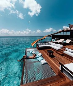 Paradise in the Maldives photo: . For see more of fitness Freaks visit us on our website ! Best Honeymoon Destinations, Dream Vacations, Travel Destinations, Vacation Trips, Luxury Boat, Luxury Travel, Luxury Hotels, Maldives, Places To Travel