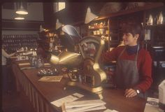 Starbucks store in Pike Place Market, 1977