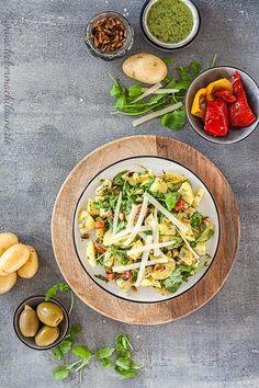 Der Klassiker mal als eine italienische Variante: Italienischer Kartoffelsalat! Super lecker und einfach zu machen. :) Recipe Of The Day, Potato Recipes, Soul Food, Italian Recipes, Potato Salad, Easy Meals, Potatoes, Yummy Food, Cooking