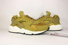 new arrival e2121 2b4c0 NIKE AIR HUARACHE RUN WOMEN NEW SIZE 7.5 BRONZINE SAIL WHITE 634835 700