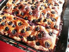 tuscan grape bread is a MUST eat during the harvest. Schiachiata con l'uva should be dripping with grape juice.