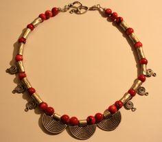 Ariadne' nin düşü adlı kolye; Yapımı ve kullanımı muhteşem