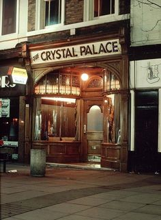 The Crystal Palace Pub , Clumber Street , Nottingham 1979 Nottingham Pubs, Council Estate, British Beer, Local History, Family History, Old Pub, London Pubs, Beer Festival, Beer Bar