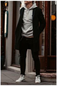 Stylish Mens Outfits, Winter Fashion Outfits, Men's Casual Outfits, Men Winter Fashion, Men's Fashion, Fashion Trends, Men With Street Style, Men Street Styles, Mode Style