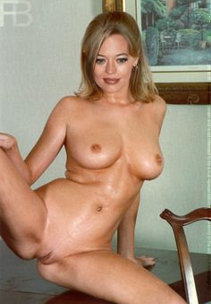 She's jeri ryan nude paparazzi pictures cant