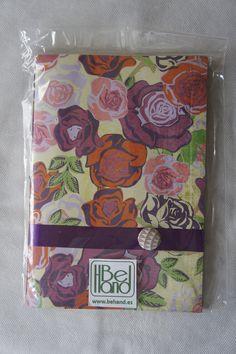 Cuaderno con motivos florales. Hecho a mano. Handmade. DIY.