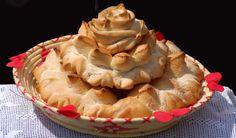 COCCOI TRADITIONAL BREAD  http://www.hotelsinsardegna.org/gourmet/piatti-tipici/pane/
